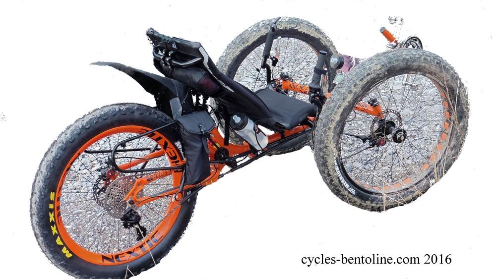 Le Trike Fulfat Ice a une nouvelle roue arrière en à jante carbone associée à une cassette Sram 11 vitesses 10-42