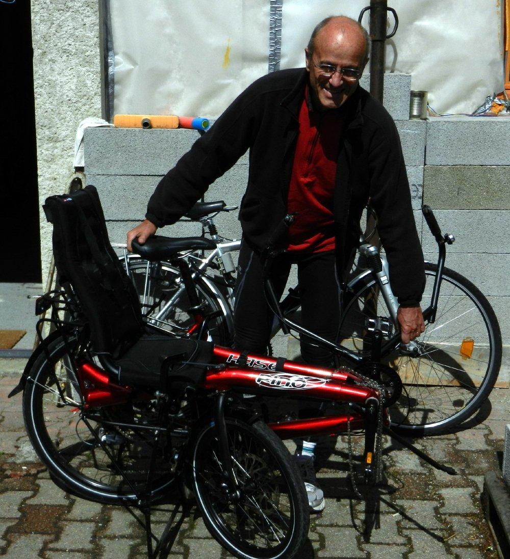 Le PINO Tandem couché en deux parties est moins long qu'un vélo classique