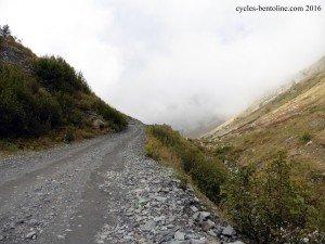 Voie d'accès aux cols du Fréjus ou de La vallée étroite