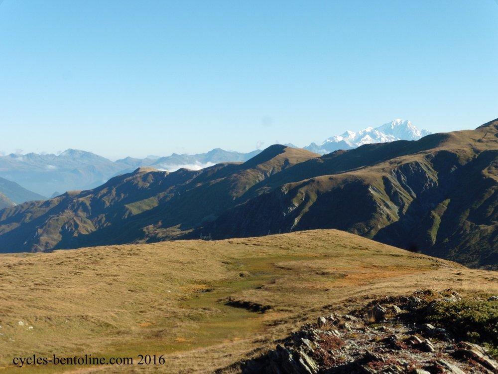 Vers 2200 m, vue sur le Mont Blanc