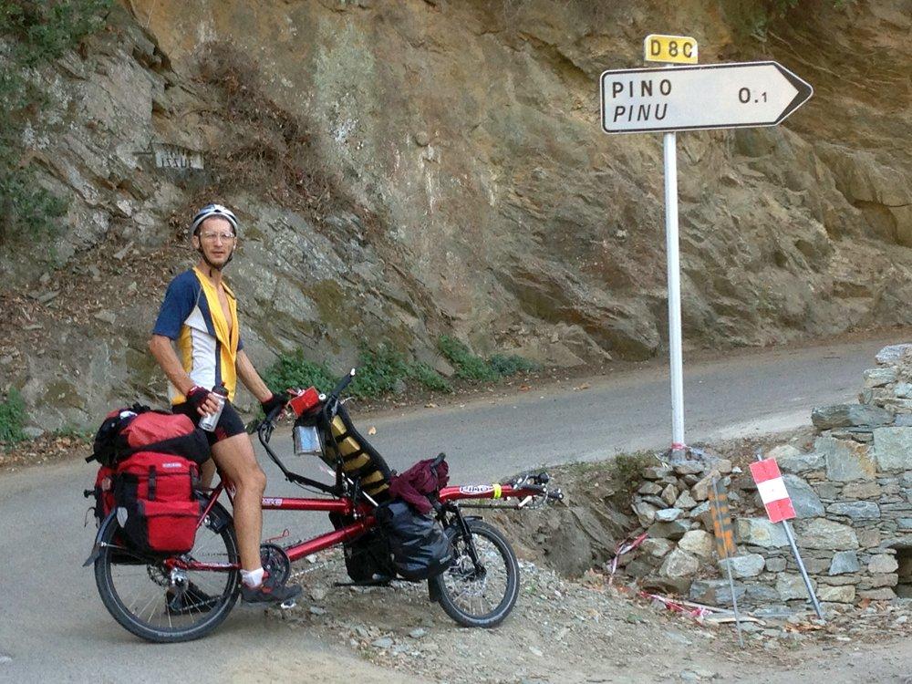 Vers le village en PINO