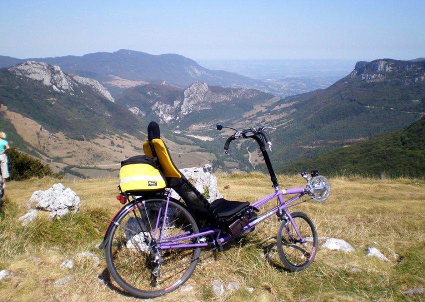 PolyGiro 2009 , Le P38 XL, vélo couché performant, vers le col de la bataille