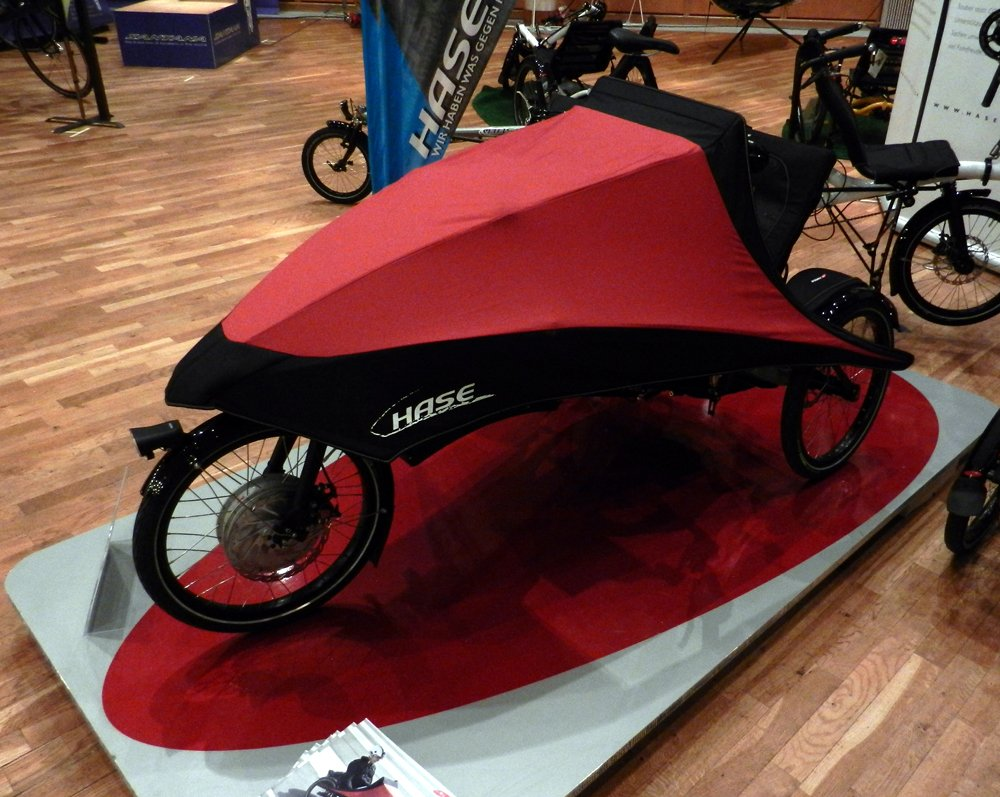 Le Klimax, tricycle couché à carénage frontal parapluie